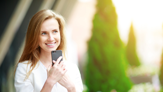 Pretty singles looking for an instant hookup on dating apps like Twoo